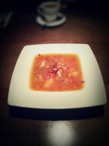 Zupa rybna z solą