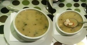 Zupa z paluszkami krabowymi