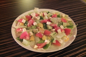 Green salad z serem owczym