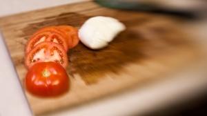 Pomidor i mozarella w plastry