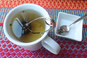 Duży kubek herbaty (a nie jak gdzie indziej filiżanka)
